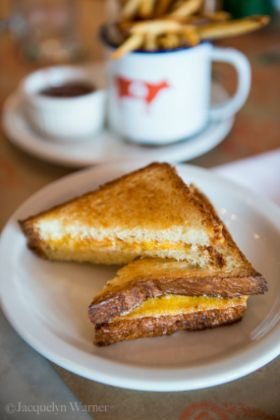 belcampo-grilled-cheese-280